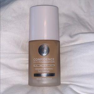 IT Cosmetics foundation
